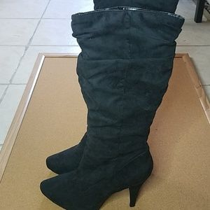 Black heeled Boots size 8 1/2